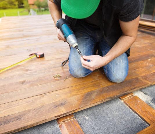 Wie hoch sollten die Holzterrasse Kosten pro Qm liegen?